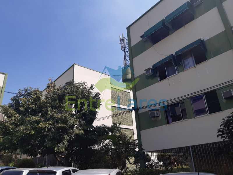 E2 - Apartamento na Portuguesa 1 quarto, banheiro reformado com blindex, 1 vaga de garagem. Avenida Carlos Meziano - ILAP10055 - 18
