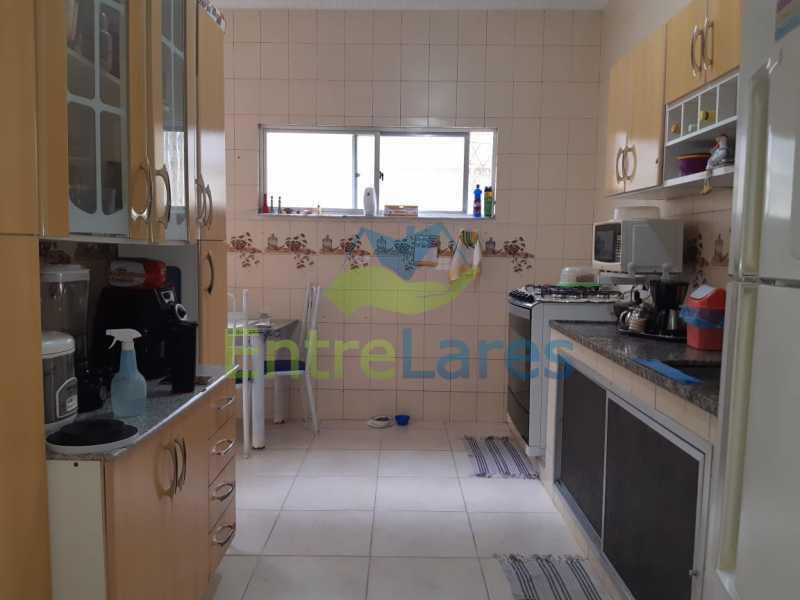 E1 - Casa no Tauá 3 quartos sendo 2 suítes, varandão, terraço, área gourmet churrasqueira, 4 vagas. Rua Eutíquio Soledade - ILCA30127 - 14