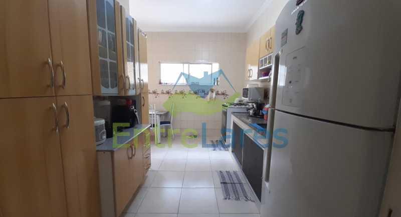 E2 - Casa no Tauá 3 quartos sendo 2 suítes, varandão, terraço, área gourmet churrasqueira, 4 vagas. Rua Eutíquio Soledade - ILCA30127 - 15