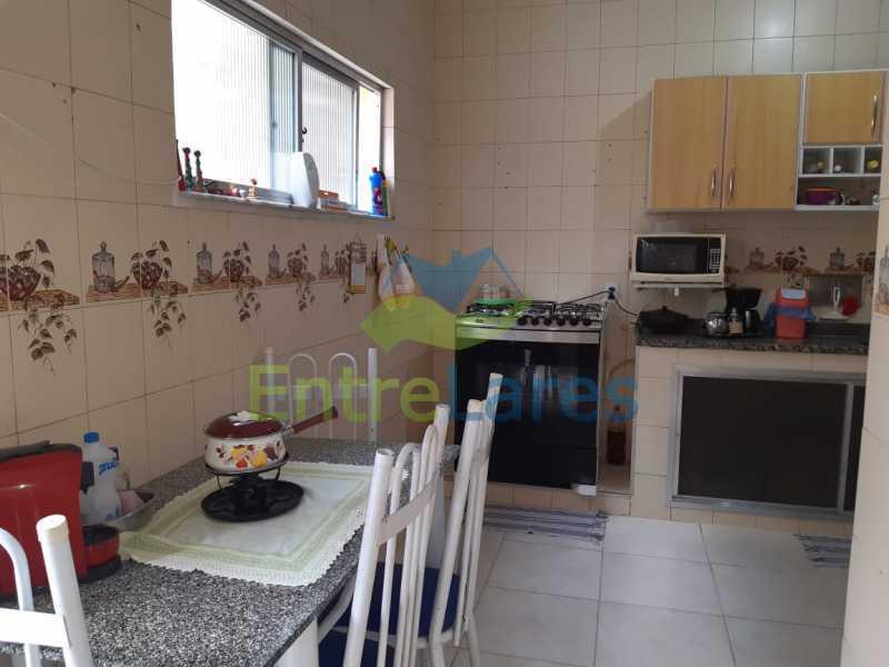 E3 - Casa no Tauá 3 quartos sendo 2 suítes, varandão, terraço, área gourmet churrasqueira, 4 vagas. Rua Eutíquio Soledade - ILCA30127 - 16