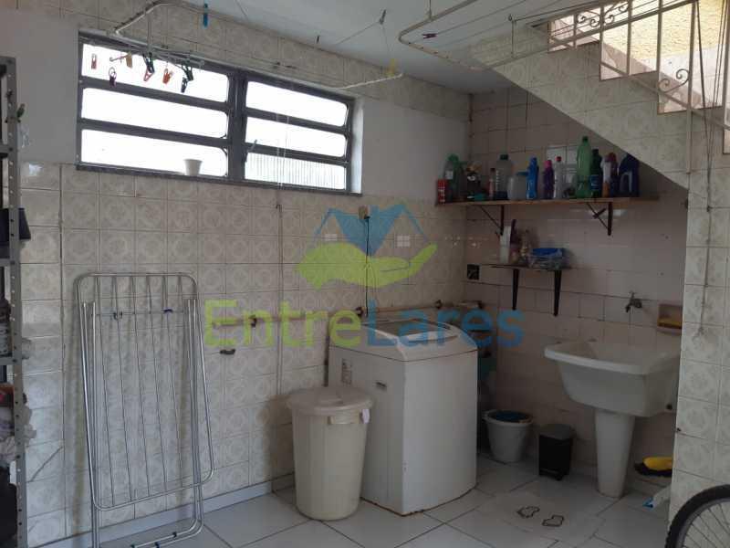 G2 - Casa no Tauá 3 quartos sendo 2 suítes, varandão, terraço, área gourmet churrasqueira, 4 vagas. Rua Eutíquio Soledade - ILCA30127 - 23