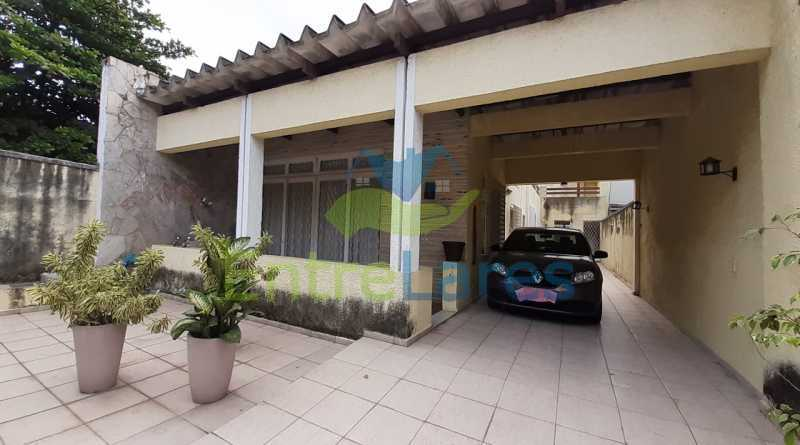 H1 - Casa no Tauá 3 quartos sendo 2 suítes, varandão, terraço, área gourmet churrasqueira, 4 vagas. Rua Eutíquio Soledade - ILCA30127 - 28
