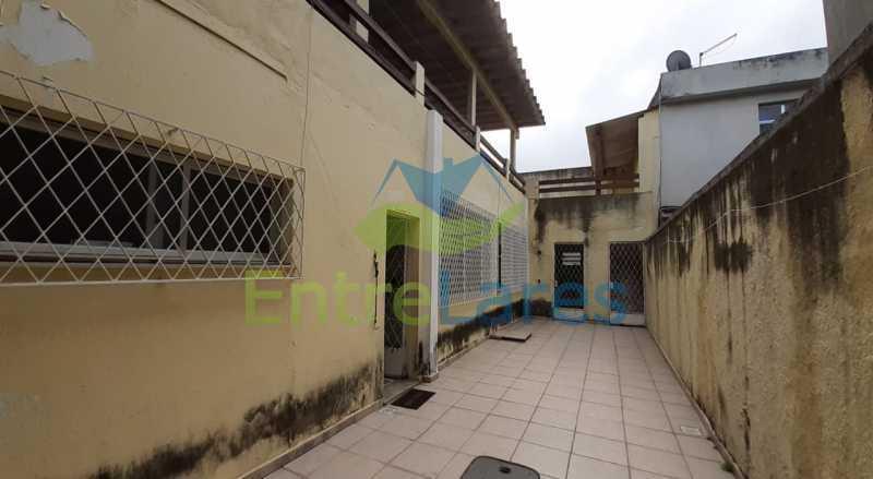 H4 - Casa no Tauá 3 quartos sendo 2 suítes, varandão, terraço, área gourmet churrasqueira, 4 vagas. Rua Eutíquio Soledade - ILCA30127 - 31