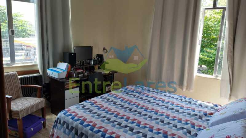 B3 - Apartamento no Tauá - 2 quartos com armários, banheiro com box blindex, cozinha com armários, 1 vaga de garagem. Rua Frank Garcia - ILAP20513 - 11