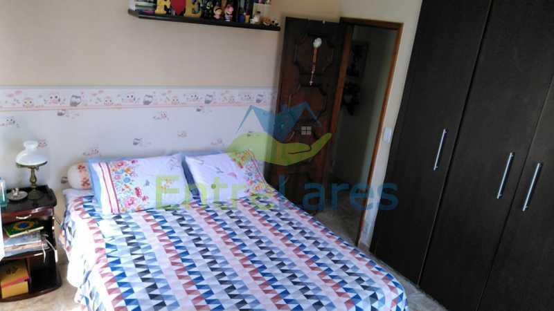 B4 - Apartamento no Tauá - 2 quartos com armários, banheiro com box blindex, cozinha com armários, 1 vaga de garagem. Rua Frank Garcia - ILAP20513 - 12
