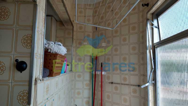 F2 - Apartamento no Tauá - 2 quartos com armários, banheiro com box blindex, cozinha com armários, 1 vaga de garagem. Rua Frank Garcia - ILAP20513 - 26