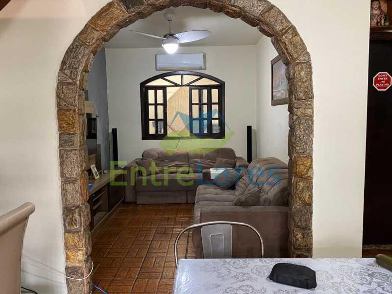 A3 - Casa Dúplex na Portuguesa, 4 quartos, Sala em 2 ambientes, 2 Banheiros, Cozinha planejada, Terraço, 1 Vaga. Rua Katia Romano 633 - ILCA40098 - 4
