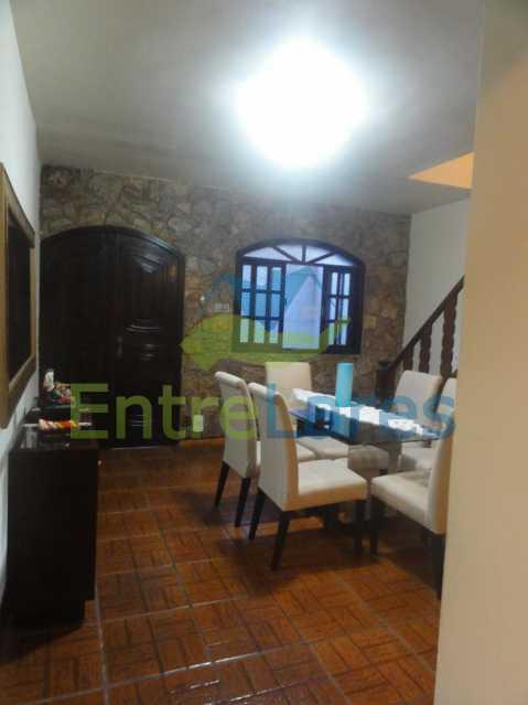 A5 - Casa Dúplex na Portuguesa, 4 quartos, Sala em 2 ambientes, 2 Banheiros, Cozinha planejada, Terraço, 1 Vaga. Rua Katia Romano 633 - ILCA40098 - 6