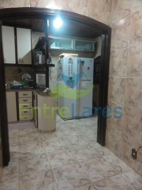 B1 - Casa Dúplex na Portuguesa, 4 quartos, Sala em 2 ambientes, 2 Banheiros, Cozinha planejada, Terraço, 1 Vaga. Rua Katia Romano 633 - ILCA40098 - 11