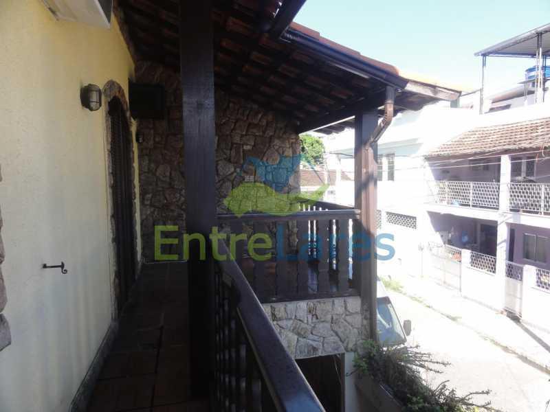 F2 - Casa Dúplex na Portuguesa, 4 quartos, Sala em 2 ambientes, 2 Banheiros, Cozinha planejada, Terraço, 1 Vaga. Rua Katia Romano 633 - ILCA40098 - 23