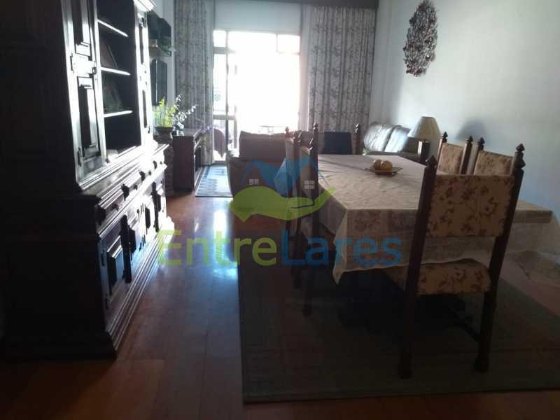 A3 - Apartamento no Jardim Guanabara - 3 quartos sendo 1 suíte e dois possuindo armários embutidos - 2 banheiros com box blindex - cozinha com armários - 3 vagas - Rua Cambaúba - ILAP30308 - 4