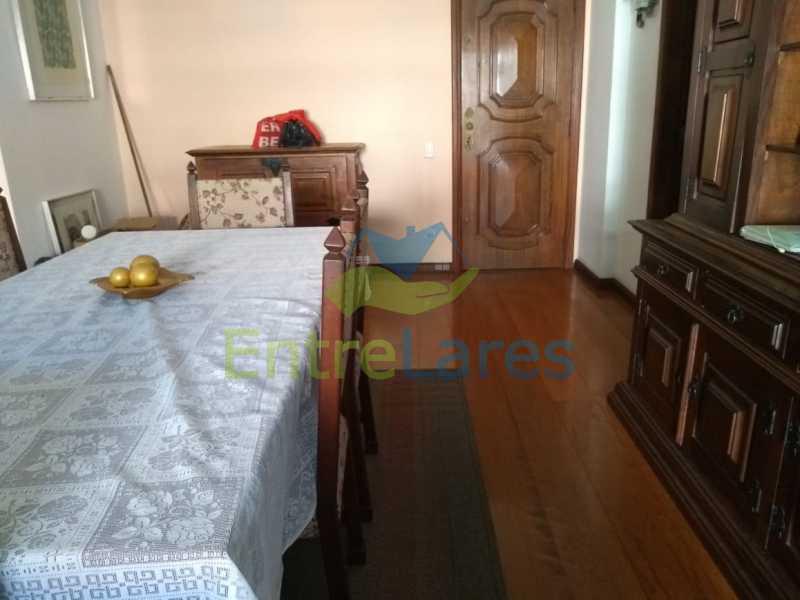 A5 - Apartamento no Jardim Guanabara - 3 quartos sendo 1 suíte e dois possuindo armários embutidos - 2 banheiros com box blindex - cozinha com armários - 3 vagas - Rua Cambaúba - ILAP30308 - 6
