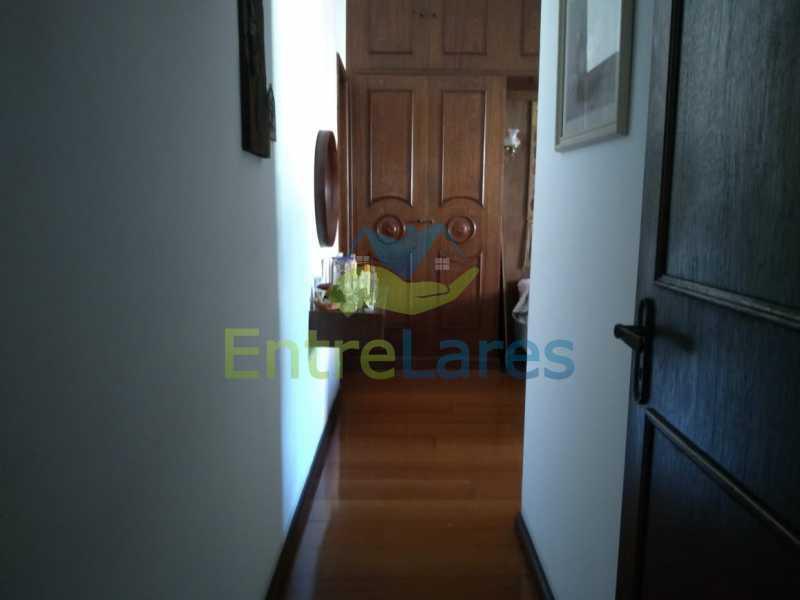 B5 - Apartamento no Jardim Guanabara - 3 quartos sendo 1 suíte e dois possuindo armários embutidos - 2 banheiros com box blindex - cozinha com armários - 3 vagas - Rua Cambaúba - ILAP30308 - 15