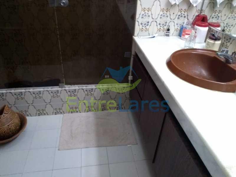 B8 - Apartamento no Jardim Guanabara - 3 quartos sendo 1 suíte e dois possuindo armários embutidos - 2 banheiros com box blindex - cozinha com armários - 3 vagas - Rua Cambaúba - ILAP30308 - 18