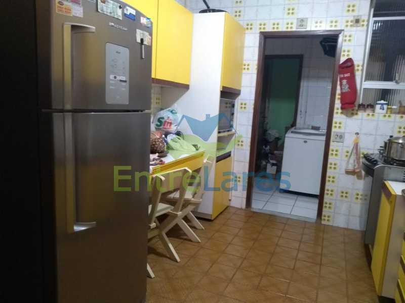 D2 - Apartamento no Jardim Guanabara - 3 quartos sendo 1 suíte e dois possuindo armários embutidos - 2 banheiros com box blindex - cozinha com armários - 3 vagas - Rua Cambaúba - ILAP30308 - 22