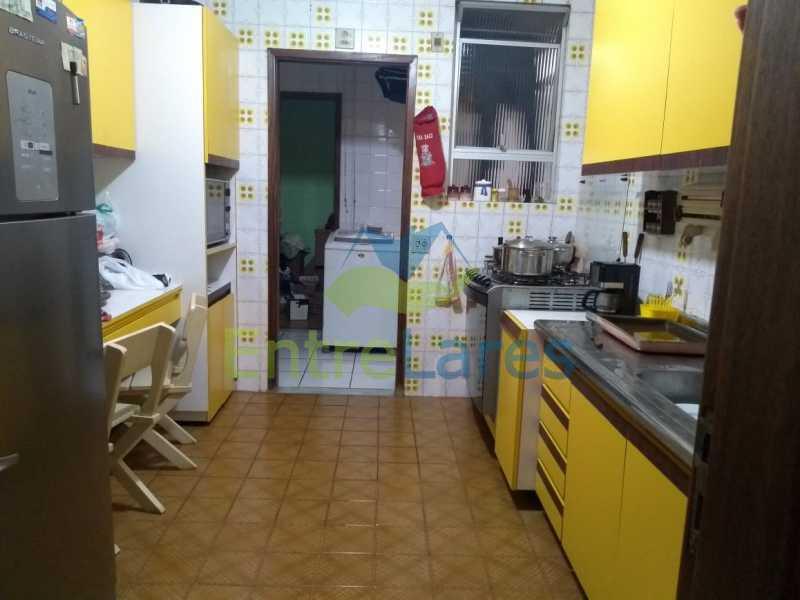 D4 - Apartamento no Jardim Guanabara - 3 quartos sendo 1 suíte e dois possuindo armários embutidos - 2 banheiros com box blindex - cozinha com armários - 3 vagas - Rua Cambaúba - ILAP30308 - 24