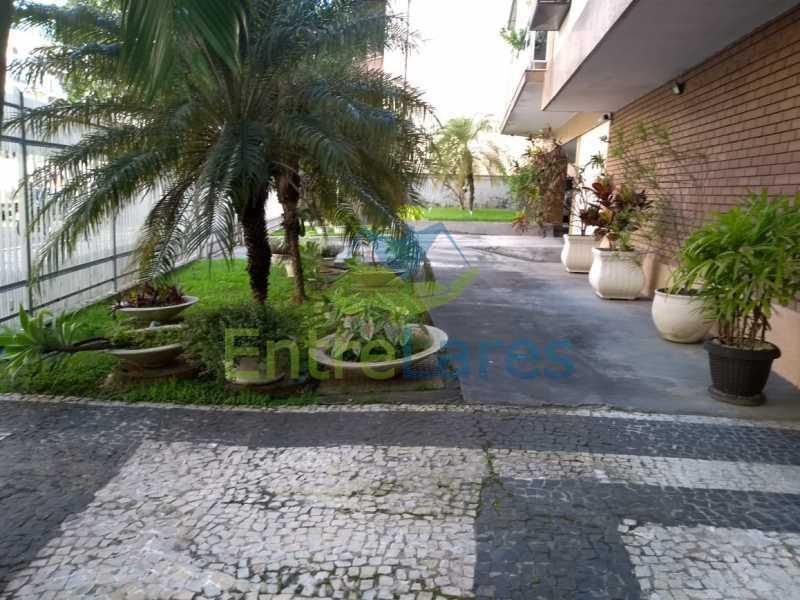F1 - Apartamento no Jardim Guanabara - 3 quartos sendo 1 suíte e dois possuindo armários embutidos - 2 banheiros com box blindex - cozinha com armários - 3 vagas - Rua Cambaúba - ILAP30308 - 27