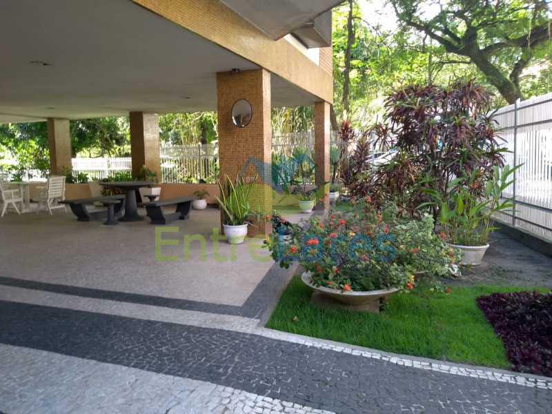 F2 - Apartamento no Jardim Guanabara - 3 quartos sendo 1 suíte e dois possuindo armários embutidos - 2 banheiros com box blindex - cozinha com armários - 3 vagas - Rua Cambaúba - ILAP30308 - 28