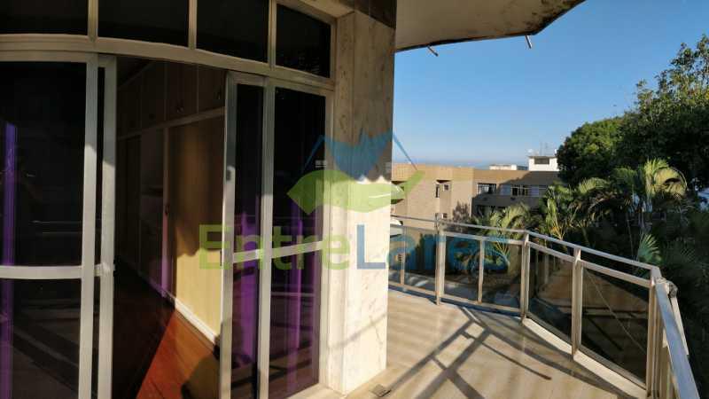 19_Suite_varanda - Jardim Guanabara sala com varanda, 3 quartos planejados sendo 1 suíte com hidromassagem com varanda com vista mar, cozinha ampla com armários. 2 vagas de garagem sendo 1 coberta. Rua Agostinho dos Santos. - ILAP30311 - 20