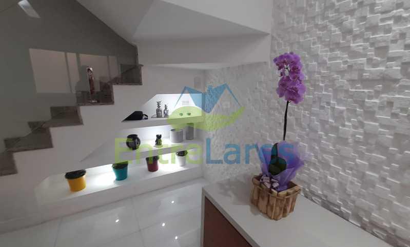 A6 - Casa Triplex no Jardim Guanabara - 03 Quartos sendo 01 Suíte - Varanda - 2 Vagas - Rua Bocaiúva - ILCN30009 - 7