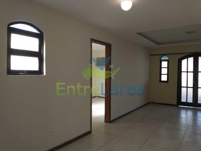 A3 - Casa Guaratiba - 2 Quartos sendo 1 Suíte - 2 Banheiros - 5 Vagas - Rua Caldas Aulete - ILCA20076 - 4