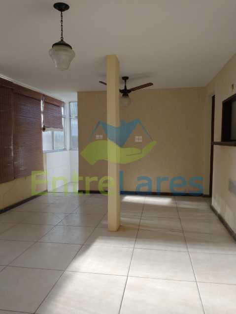 A5 - Casa Guaratiba - 2 Quartos sendo 1 Suíte - 2 Banheiros - 5 Vagas - Rua Caldas Aulete - ILCA20076 - 6
