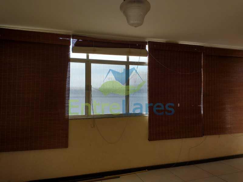 A7 - Casa Guaratiba - 2 Quartos sendo 1 Suíte - 2 Banheiros - 5 Vagas - Rua Caldas Aulete - ILCA20076 - 8