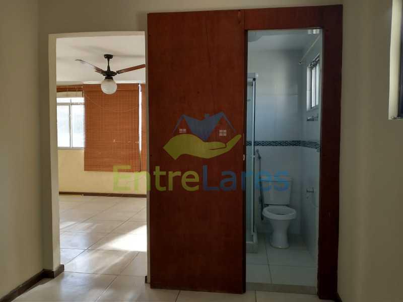 A8 - Casa Guaratiba - 2 Quartos sendo 1 Suíte - 2 Banheiros - 5 Vagas - Rua Caldas Aulete - ILCA20076 - 9
