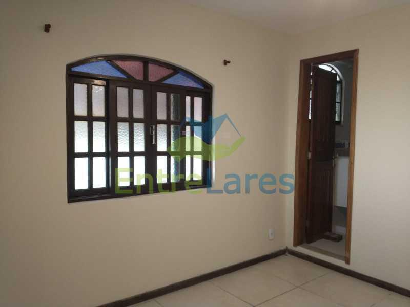B2 - Casa Guaratiba - 2 Quartos sendo 1 Suíte - 2 Banheiros - 5 Vagas - Rua Caldas Aulete - ILCA20076 - 13