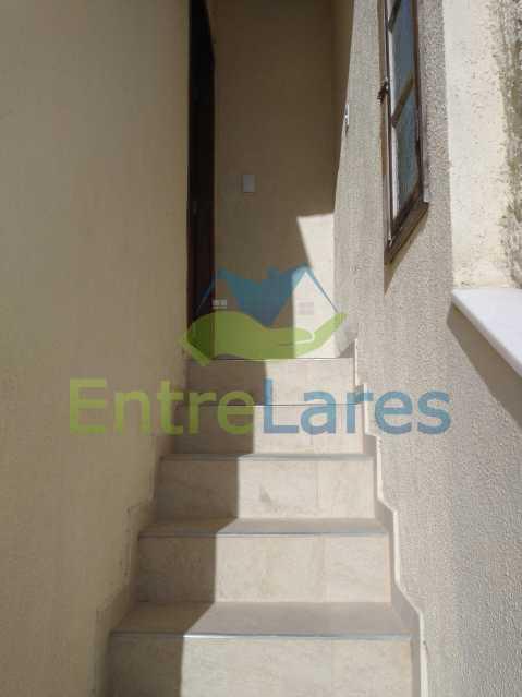 E2 - Casa Guaratiba - 2 Quartos sendo 1 Suíte - 2 Banheiros - 5 Vagas - Rua Caldas Aulete - ILCA20076 - 22