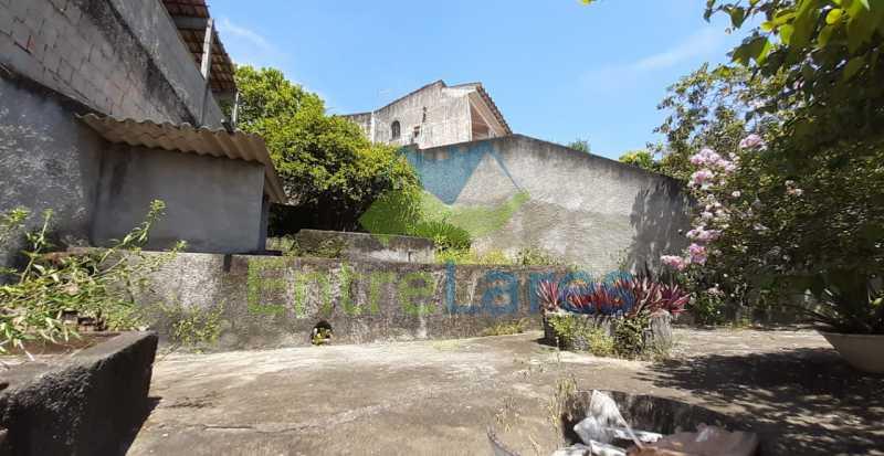 J5 - Tauá, excelente casa duplex com ampla área de lazer com piscina, 4 quartos sendo 2 suítes, varandão. Vasta área de terreno - Vaga para 4 carros. - ILCA40102 - 30