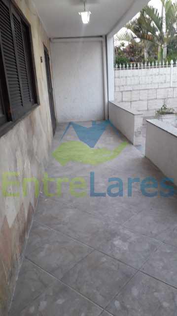A3 - Bancários, casa 3 quartos sendo 1 suíte, cozinha ampla com armários planejados, amplo quintal, varanda ampla, 1 vaga de garagem. - ILCA30131 - 4
