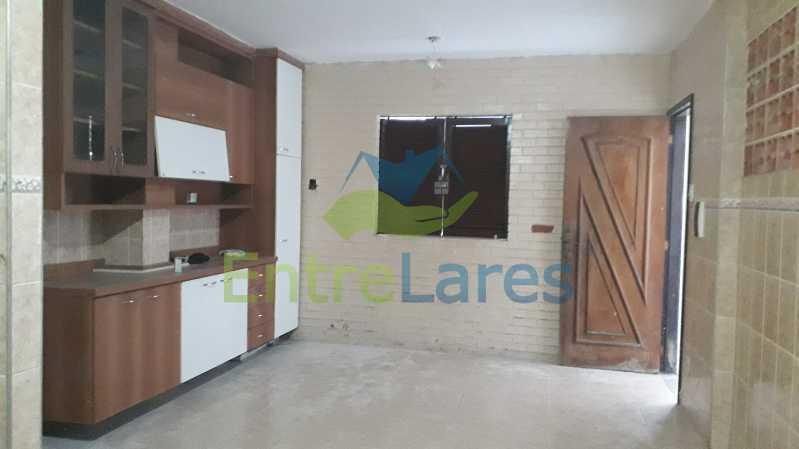 G2 - Bancários, casa 3 quartos sendo 1 suíte, cozinha ampla com armários planejados, amplo quintal, varanda ampla, 1 vaga de garagem. - ILCA30131 - 22