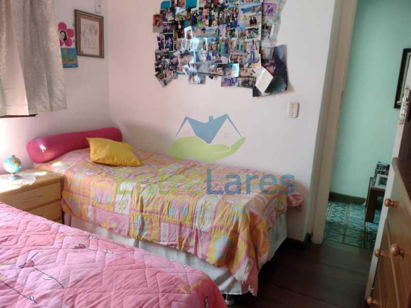 B4. - Casa Duplex na Portuguesa 2 Quartos 2 Banheiro Varandão Estrada do Galeão - ILCN20012 - 13