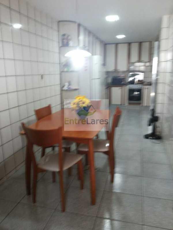 17 - Portuguesa - Casa triplex com 5 dormitórios sendo 1 suite com garagem - ILCA50008 - 17