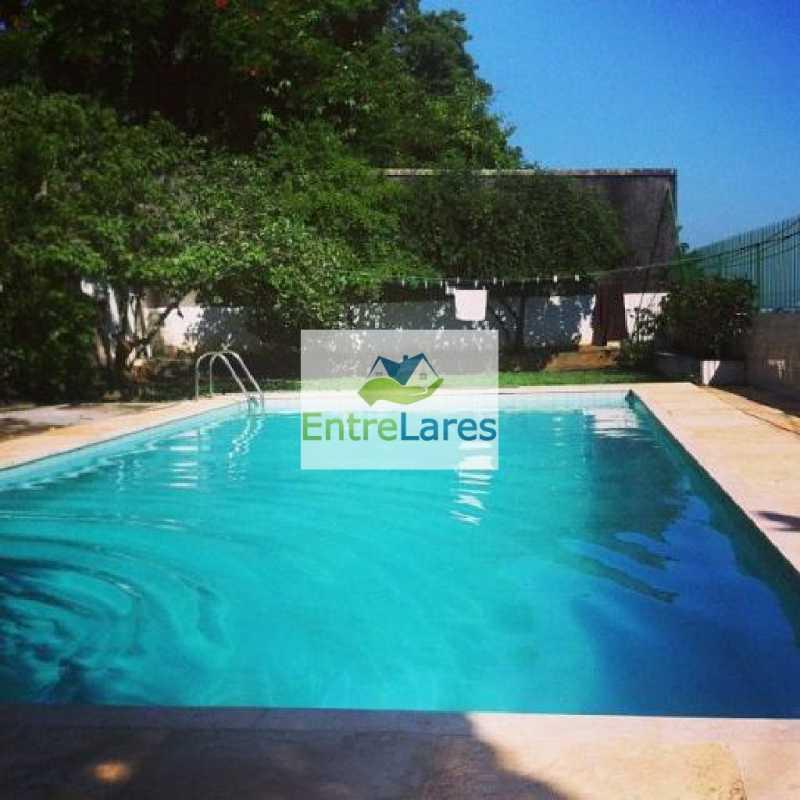 2 - Jardim Carioca - Casa em terreno de 1050m² com 4 dormitórios sendo 2 suítes, piscina, 4 vagas, árvores frutíferas - ILCA50015 - 1
