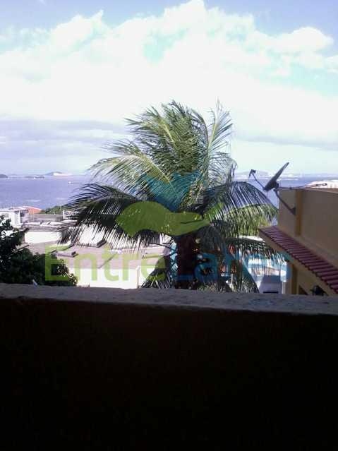2 - Praia da Bandeira 6 quartos - Terreno com três casas para um total de seis quartos, piscina, churrasqueira, garagem e belíssima vista. - ILCA60006 - 5