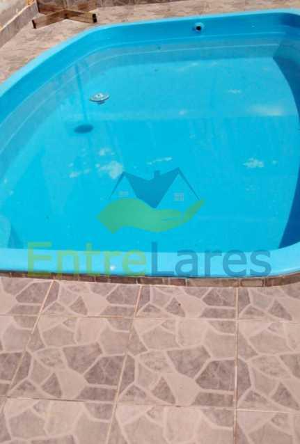 69 - Praia da Bandeira 6 quartos - Terreno com três casas para um total de seis quartos, piscina, churrasqueira, garagem e belíssima vista. - ILCA60006 - 26