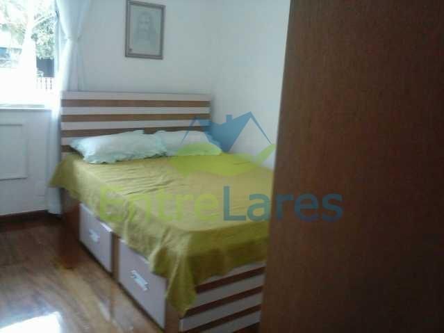 19 - Pitangueiras - Apartamento reformado com dois dormitórios, armários, varanda, dependências, garagem, elevador - ILAP20132 - 11