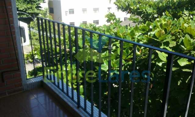 8 - Tauá - Apartamento com dois dormitórios, varanda, dependências, garagem e elevador - ILAP20136 - 5