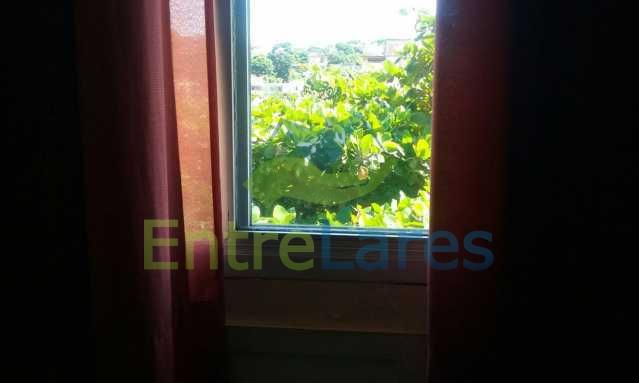 20 - Tauá - Apartamento com dois dormitórios, varanda, dependências, garagem e elevador - ILAP20136 - 13