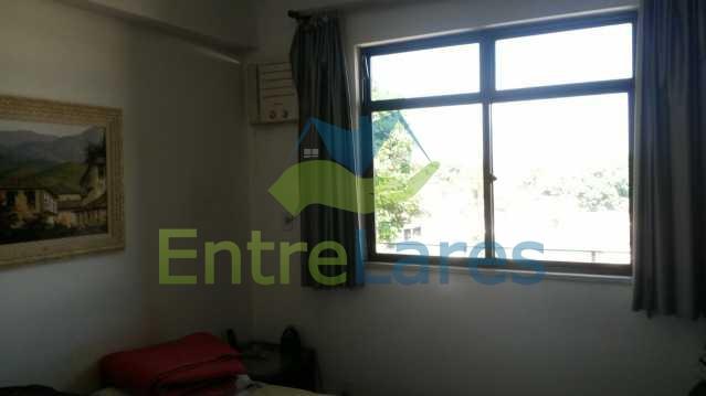15 - Zumbi - Apartamento com dois dormitórios, varanda , dependências completas, garagem, elevador. - ILAP20142 - 6