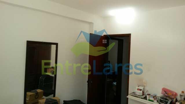 19 - Zumbi - Apartamento com dois dormitórios, varanda , dependências completas, garagem, elevador. - ILAP20142 - 8
