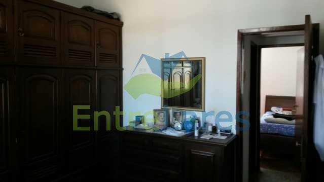 24 - Zumbi - Apartamento com dois dormitórios, varanda , dependências completas, garagem, elevador. - ILAP20142 - 9