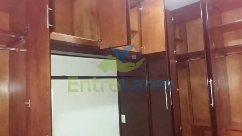 29 - Zumbi 2 quartos, sendo um suíte, dependências, garagem, elevador. Rua Formosa do Zumbi. - ILAP20145 - 10