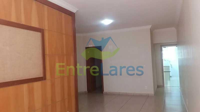 10 - Zumbi 2 quartos, sendo um suíte, dependências, garagem, elevador. Rua Formosa do Zumbi. - ILAP20145 - 3