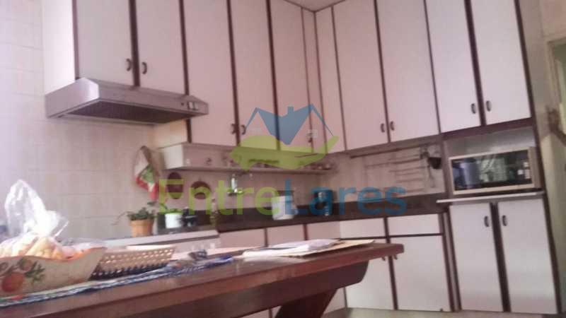 61 - Ribeira - Vista privilegiada.Casa com tres dormitórios, 1 suíte, piscina, churrasqueira, garagem - ILCA30057 - 27