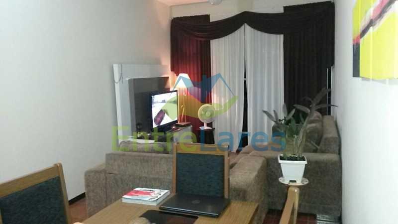 7 - Jardim Guanabara - Apartamento com dois dormitórios sendo um suíte, varanda, dependências, garagem. - ILAP20155 - 1