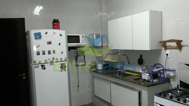45 - Jardim Guanabara - Apartamento com dois dormitórios sendo um suíte, varanda, dependências, garagem. - ILAP20155 - 16