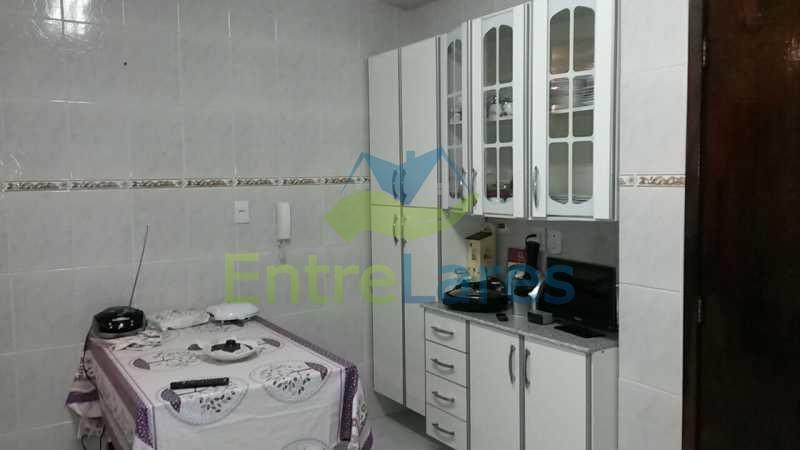 46 - Jardim Guanabara - Apartamento com dois dormitórios sendo um suíte, varanda, dependências, garagem. - ILAP20155 - 17